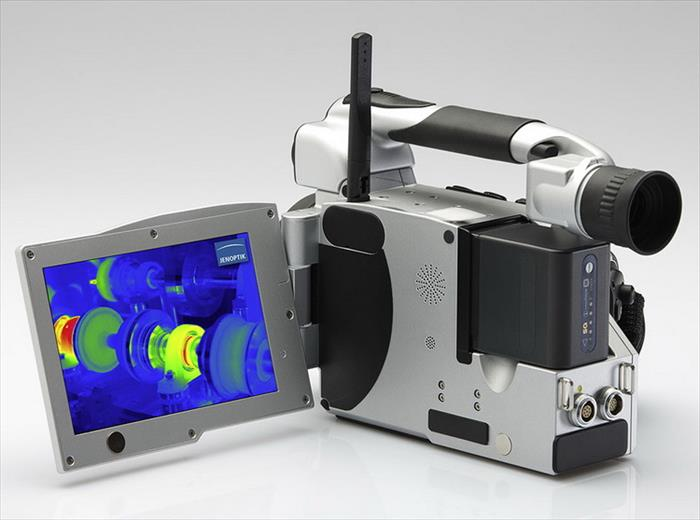 Infrared camera series VarioCAM® HD research 800